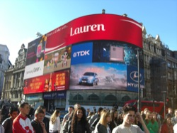 16 - London - Piccadilly Circus.JPG